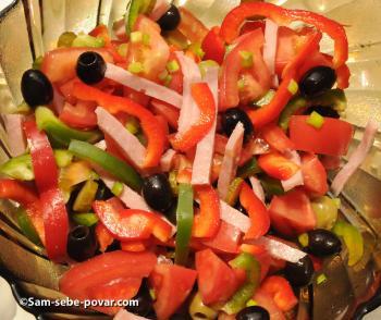 фото режем овощи на салат