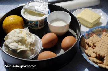 ингредиенты для приготовления чизкейка с клубникой, пошаговое фото