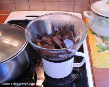 топим шоколад на водяной бане, пошаговое фото