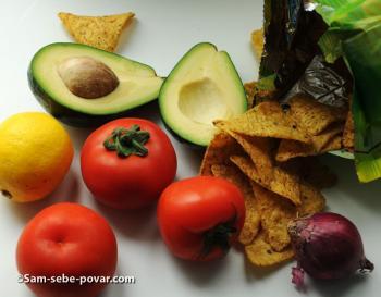 ингредиенты для гуакамоле, пошаговое фото