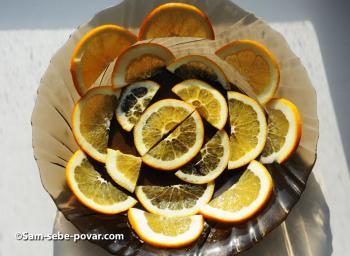 выкладываем фрукты на блюдо, пошаговое фото
