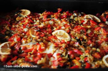 фото, запекаем лосося с овощами