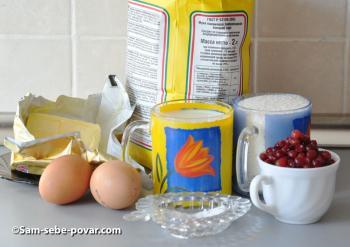 ингредиенты для кексов с брусникой, пошаговое фото