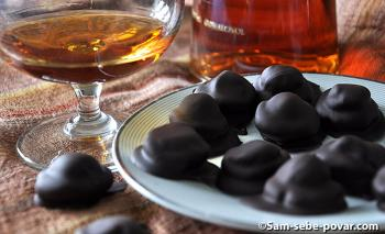готовые домашние конфеты, трюфель в шоколаде, рецепт с фото